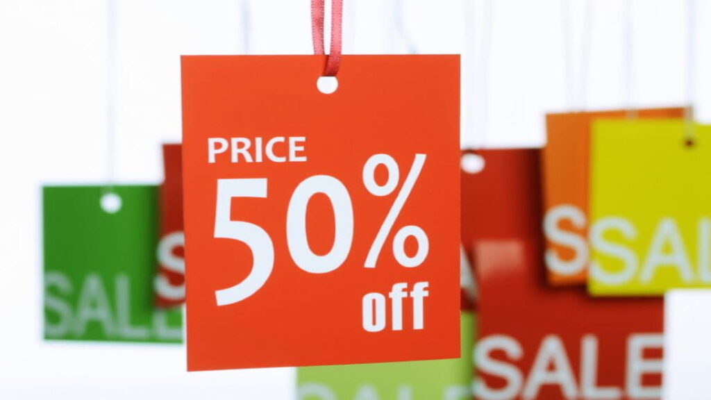 Promotional Pricing - Meaning, Types, Advantages, and Disadvantages
